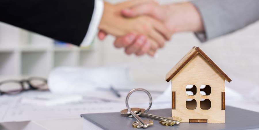 Vender vivienda sin aceptar herencia